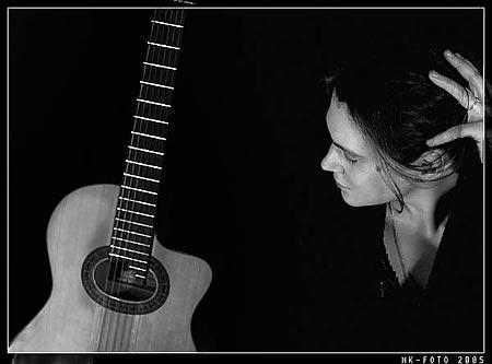 Написала песню, как ее продать? | форум Woman ru